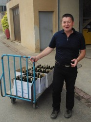 Pierre Gassmann preparing for our tasting