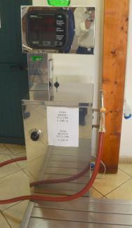 Pedres - Wine Dispenser