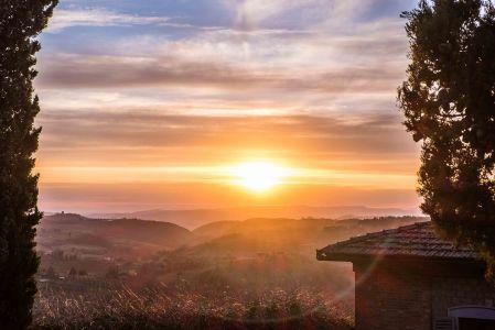 Sunset over the rolling hills below Montepulciano-4186