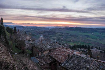 Sunset over the rolling hills below Montepulciano-4197