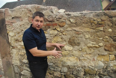 How complex are Alsatian soils_ Pierre Gassmann showing me 20 different rock types collected around his village