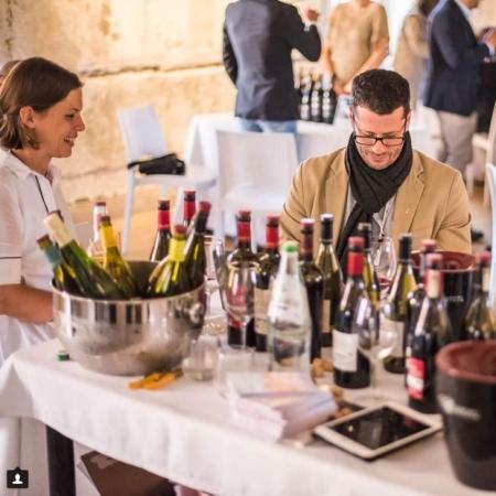 Tasting through the range of Planeta Winery with winemaker Patricia Tóth ~ Image (c) Pasquale Buffa