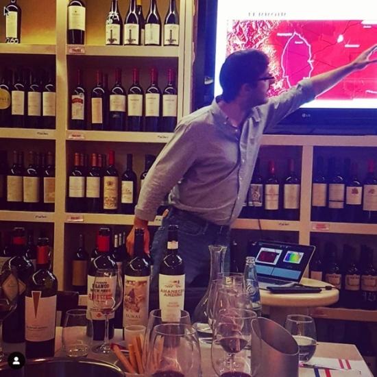 Joaquin Superman @hidalgojoaquin offers #CndsInArg a dissertation on high altitude terroir @winesofarg ~ @aldosvinoteca