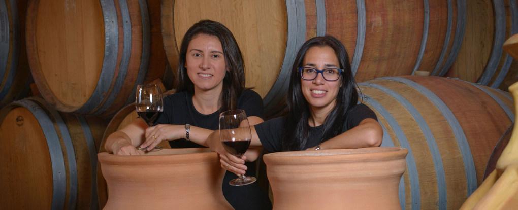 Maria Elena Jiménez and Marta Casas
